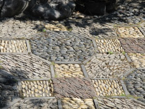 Look at the amazing courtyard stones... they were brought from China!