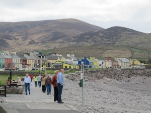 Waterville... and everyone looking out to sea