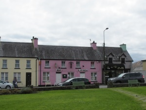 One of the more famous bars in Sneem... and it's pink!